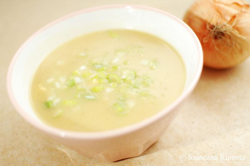 Ekspresowa zupa cebulowo-ziemniaczana