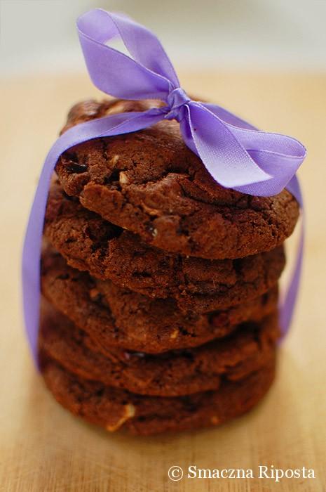 Potrójnie (!) czekoladowe ciastka z żurawiną