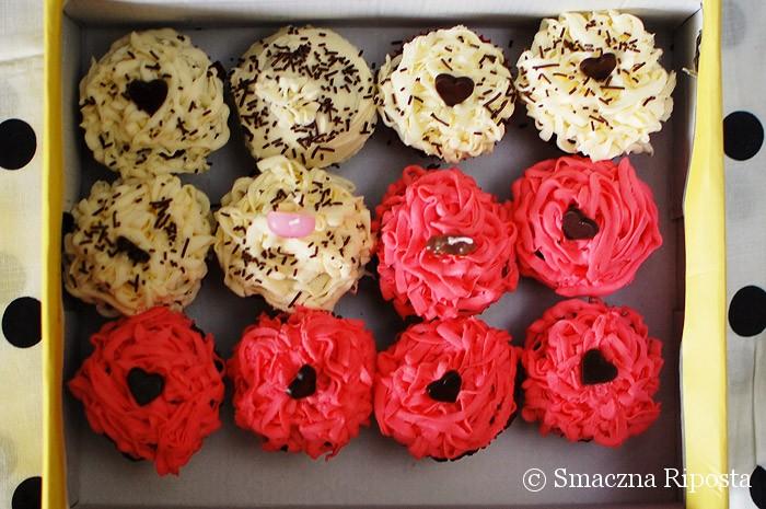 Intensywnie czekoladowe muffinki z kremem mascarpone