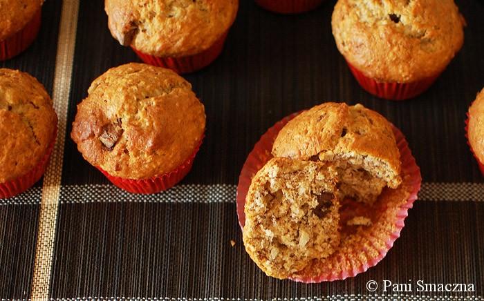 Bananowo – kokosowe muffinki z czekoladą