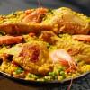 Paella z krewetkami i kurczakiem