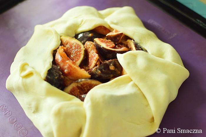 Brzoskwiniowo-figowe galette