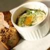 Wytrawne muffinki śniadaniowe i zapiekane z pieczarkami jajka w kokilkach